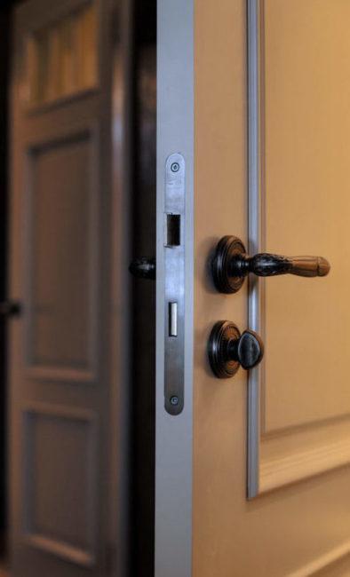 Огнеупорные и звукоизоляционные двери