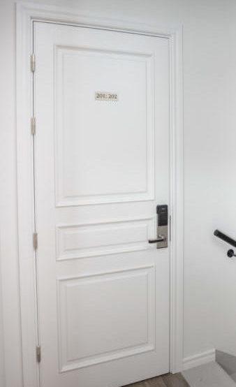 Огнеупорные и звукоизоляционные двери для исторических, классических интерьеров
